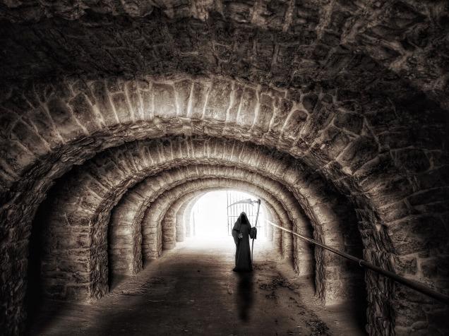 tunnel-965720_1920.jpg